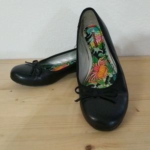• Bongo • Black Flats with Floral Footbed